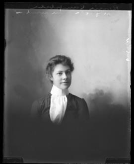 Photograph of Bessie Campbell