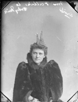 Photograph of Mrs. Fallis