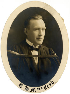 Portrait of Robert Hugh MacLeod : Class of 1925