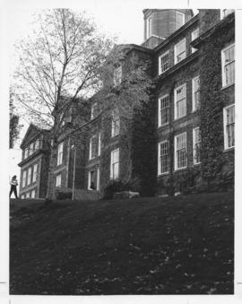 Photograph of the back of the Henry Hicks Arts & Administration Building
