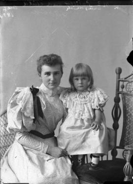 Photograph of Mrs. Patillo and daughter
