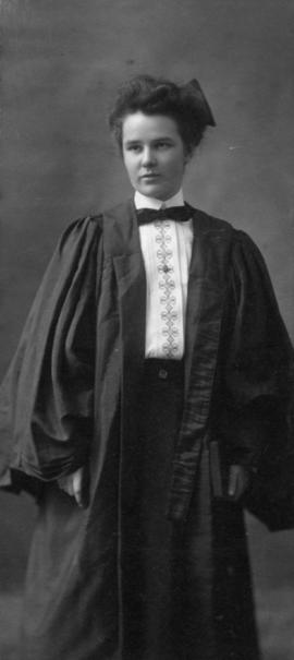 Photograph of Christina Jane Turner : Class of 1905