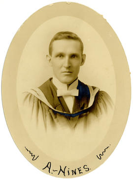 Portrait of Arthur Hines : Class of 1916