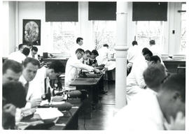 Photograph of Microanatomy Class in the Forrest Building