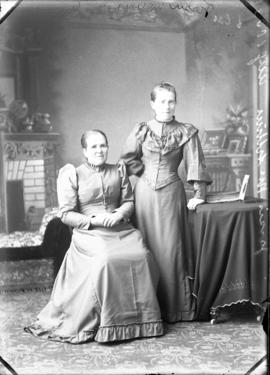 Photograph of Jessie McArthur and mother