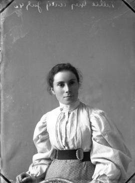 Photograph of Nellie Grey