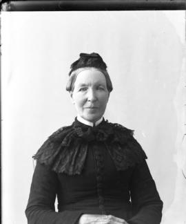 Photograph of Mrs. Hugh Chisholm