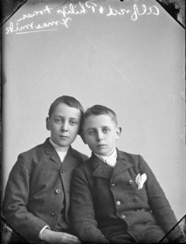 Photograph of Alfred and Philip Fraser