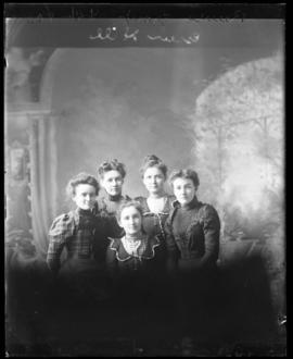 Photograph of the Reeves group
