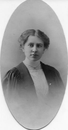 Photograph of Annie L. B. Umlah