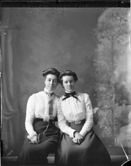 Photograph of Mary & Lena McRae