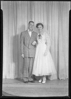 Photograph of the bride and groom at the Bugby - Steeves wedding
