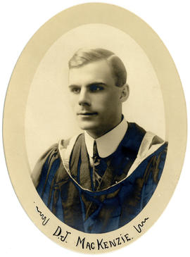 Portrait of Donald John MacKenzie : Class of 1918