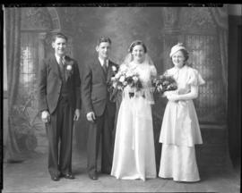 Photograph of the McLellan - Beaton wedding party