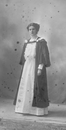 Photograph of Lillie Alberta Book Umlah : Class of 1910
