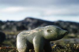 Photograph of a sculpture of a bear