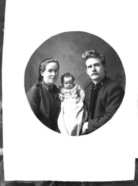 Photograph of Adjt McGillivery and family