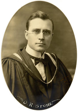Portrait of Oscar Robert Stone : Class of 1922
