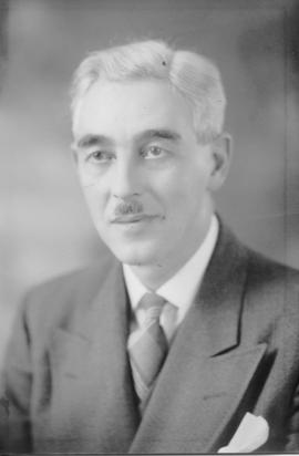 Photograph of Frank Rowe
