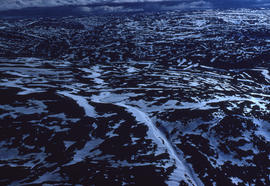 Photograph of a terrain with snow near Frobisher Bay, Northwest Territories