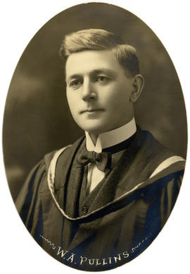 Portrait of William Annesley Pullins : Class of 1922