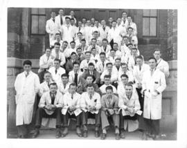 Photograph of the first year medicine class of 1937