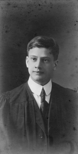 Photograph of Gordon Blanchard Wiswell : Class of 1910