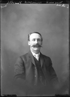 Photograph of Maynard Mumford