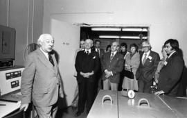 Photograph of Henry Hicks speaking at the opening of the Trace Analysis Research Centre