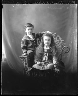 Photograph of the children of Peter Ross