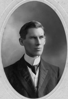 Photograph of Rev. John Stirling : Class of 1895