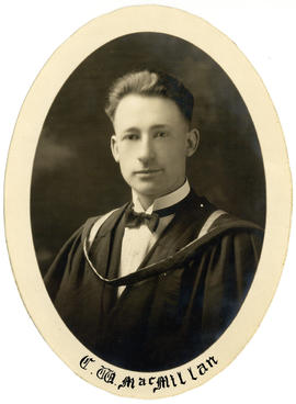 Portrait of Charles William MacMillan : Class of 1924