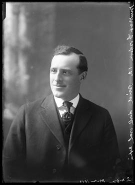 Photograph of Mr. Murray Gordon