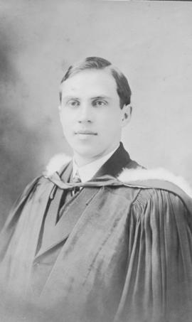 Photograph of James Douglas Vair : Class of 1911