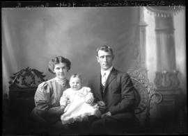 Photograph of the Stewart Robertson Family