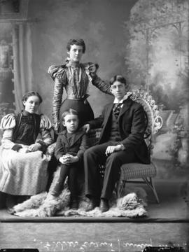 Grant, Fisher - family