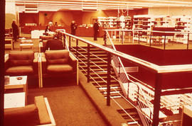 Photograph of McMaster University Health Science Library second floor seating area