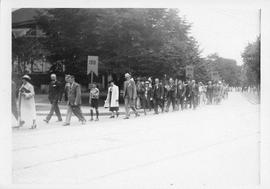 Photograph of an alumni procession