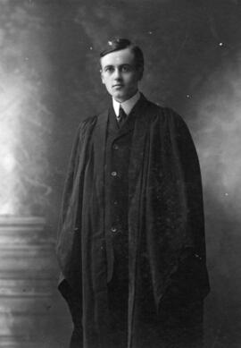Photograph of John Murdoch Stewart : Class of 1906