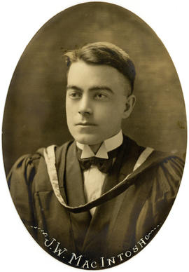 Portrait of John Wilfred MacIntosh : Class of 1922