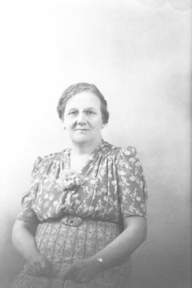 Photograph of Mrs. Fred Heart