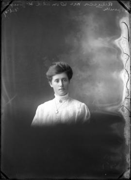 Photograph of Rebecca McDonald