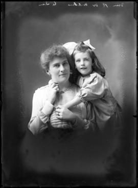 Photograph of  Mrs. R. W. Wilkes & daughter
