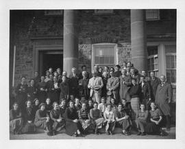 Photograph of Shirreff Hall residents and other unidentified people