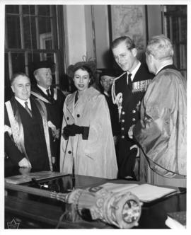 Photograph of Princess Elizabeth and the Duke of Edinburgh in the Macdonald Memorial Library
