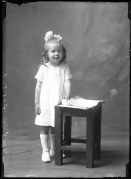 Photograph of the daughter of Mrs. Dan Livingston