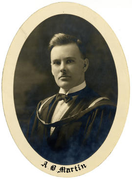 Portrait of Angus Bruce Martin : Class of 1924