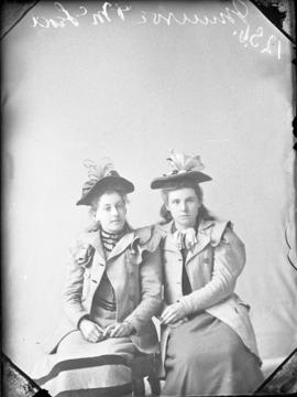 Photograph of Misses Munroe and McLeod