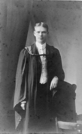 Photograph of Francis Murray Dawson : Class of 1910