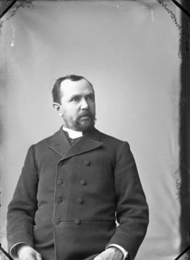 Photograph of Rev. James Carruthers